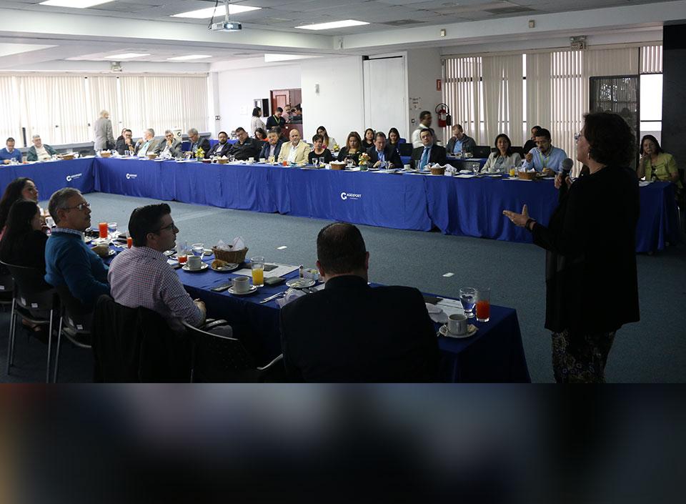 Junta ampliada AGEXPORT