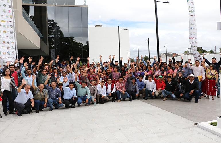 22 mil familiasen doce municipios de Totonicapán, Quetzaltenango y Quiché,mejoraron su calidad de vida.