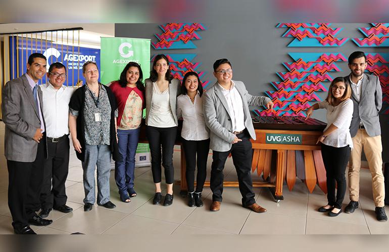 El Comité de Industria Creativa de AGEXPORT, con la Municipalidad de Guatemala y el Club de la Marimba de la Universidad del Valle de Guatemala, realizarán el próximo 15 de agosto de 2017 en la Plaza de la Constitución la presentación del Proyecto Sugar, en el marco del Gran Ensamble de Marimbas con 125 marimbistas.
