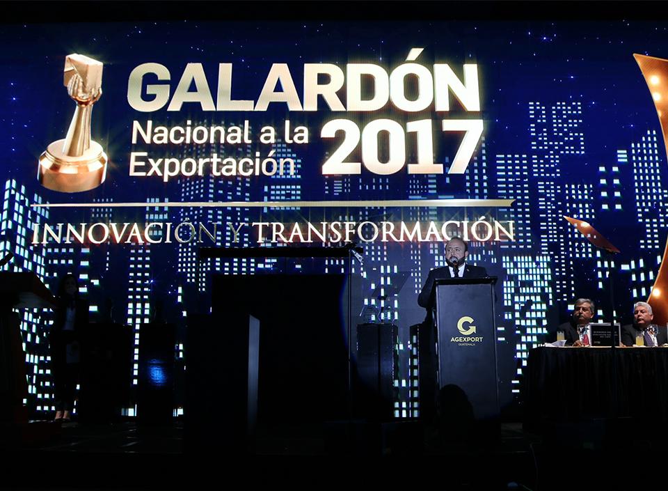 Entrega de reconocimientos en el Galardón Nacional a la Exportación