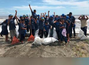 Organizaciones ambientalistas, sector público y sector privado, se unen para contribuir a la preservación del medio ambiente en Puerto Barrios