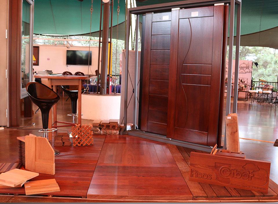 Guatemala exporta muebles y madera