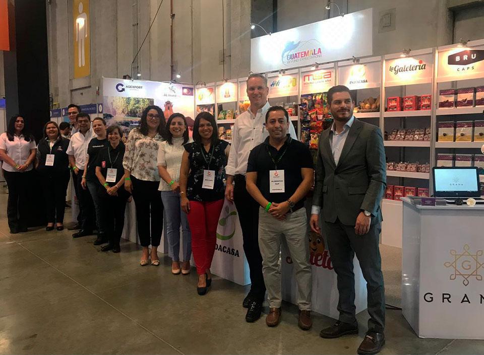 Guatemala participa en Expo Walmart
