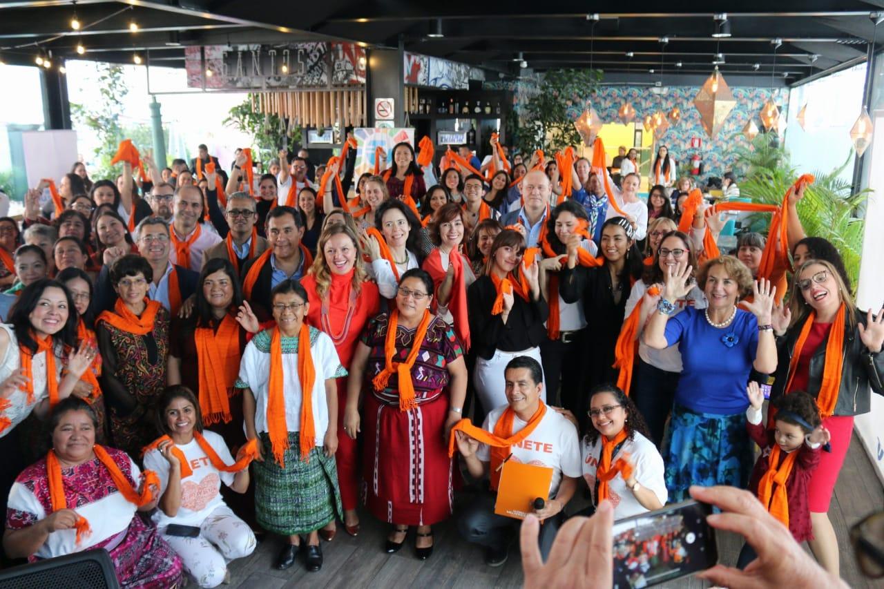 Campaña contra la violencia a mujeres