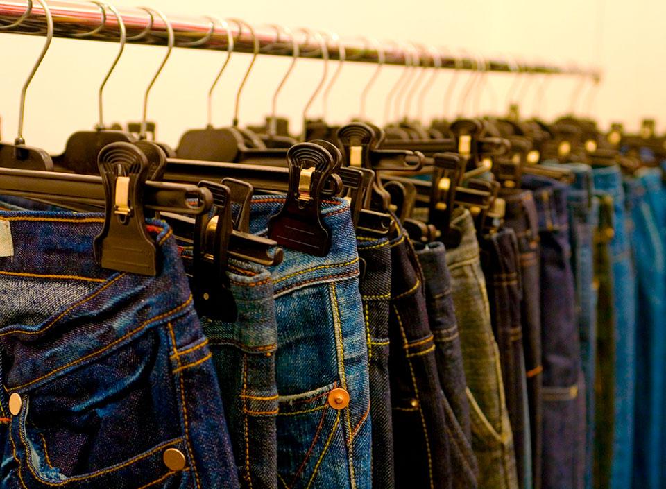 Best Products con los pantalones bien puestos