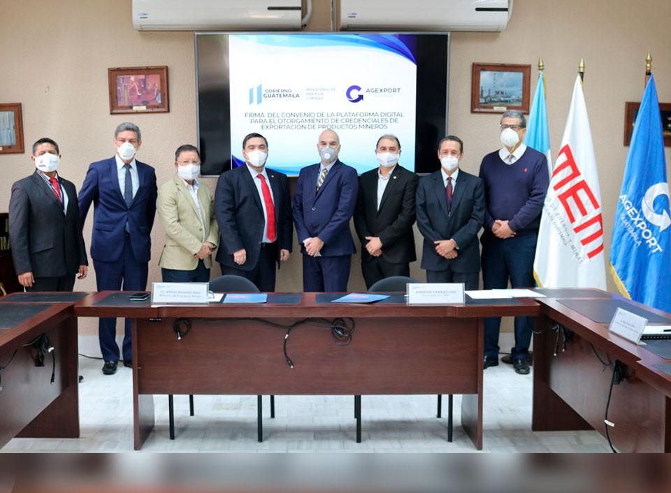 Ministerio de Energía y Minas firma convenio con AGEXPORT