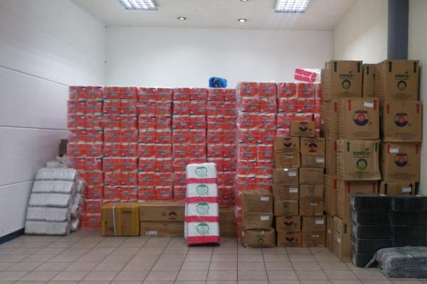 El centro de acopio de AGEXPORT continúa recibiendo donaciones