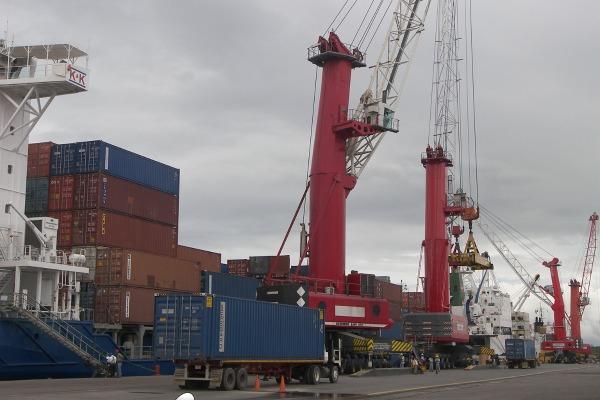 Puertos suspenden operaciones de atraque y zarpe por huracán Iota