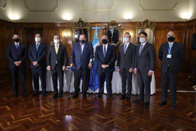"""""""Guatemala No se Detiene"""", busca atraer inversión extranjera por US$300 millones"""