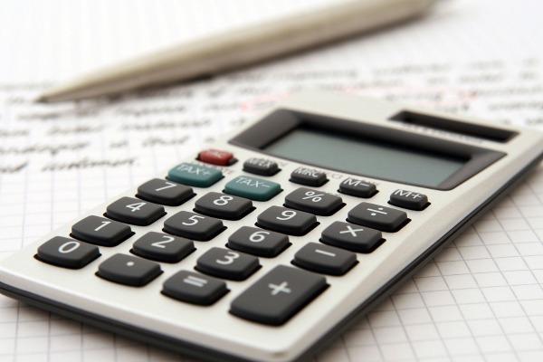 Asesórese sobre la implementación de controles tributarios internos para la devolución de Crédito Fiscal